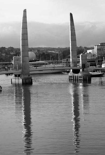 torquay marina footbridge