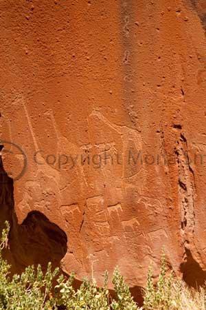 Rock carvings at Twyvelfontein