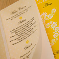 DAISY MENU & TABLE NUMBER BOOKLETS